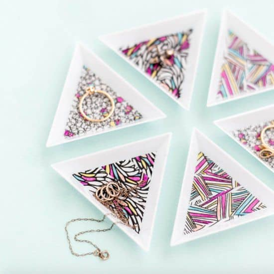 Super Easy and Beautiful DIY Jewelry Tray