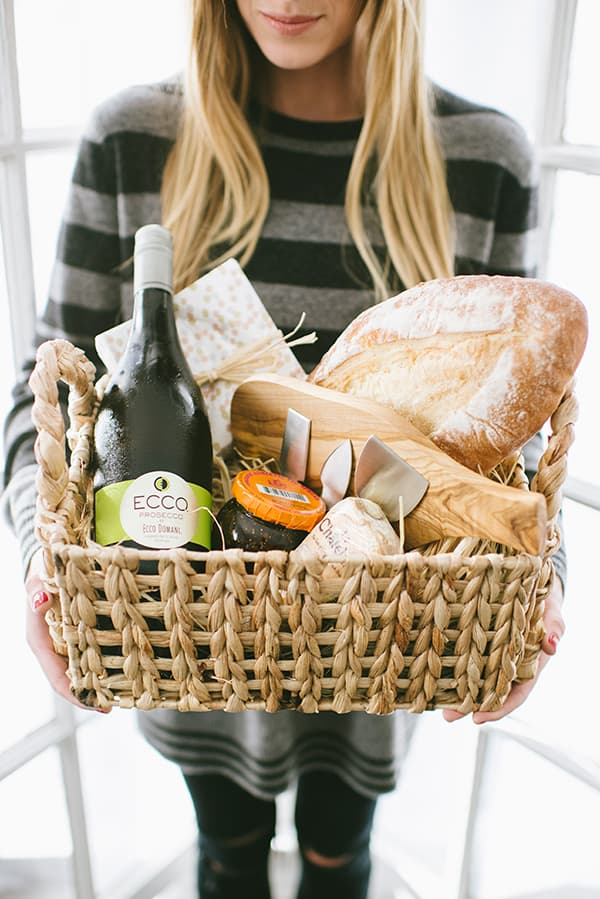 Creative DIY Gift Baskets That Everyone Will Love
